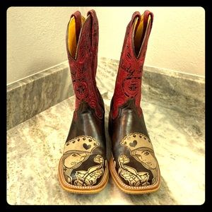 Tin Haul Queen of Hearts Boots